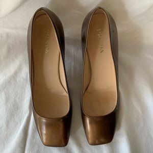 PRADA HEEL Gold Patent Leather Size 39.5 US 8.5